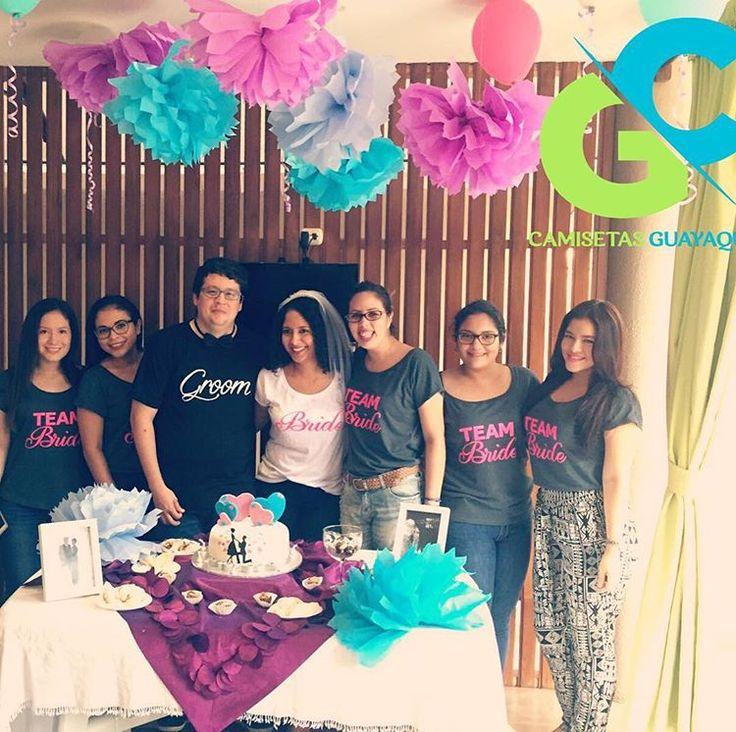 bride 👰 + groom 🎩 + team bride 👭👭👭 #bride #teambride #novia #instalike #like4like #friends #novia #tee #tshirts #people #likes #guayaquil #neon #grey #team #ecuador #camisetas #bachelorette #party #blackandwhite