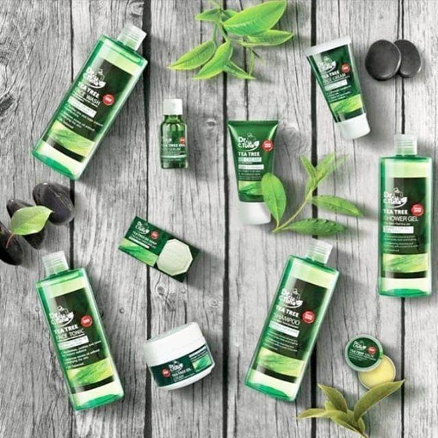 مجموعة شجرة الشاي من فارمسي مؤخرا انتشرت منتجات شجرة الشاي والي تعتبر افضل علاج لمشاكل مجموعة شجرة الشاي من فارمسي مؤخرا انتشرت Tea Tree Tea Tree Oil Pure Tea
