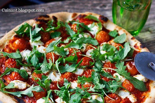 Cuinant: Pizza de Rúcula y Queso de Cabra o Mozzarella