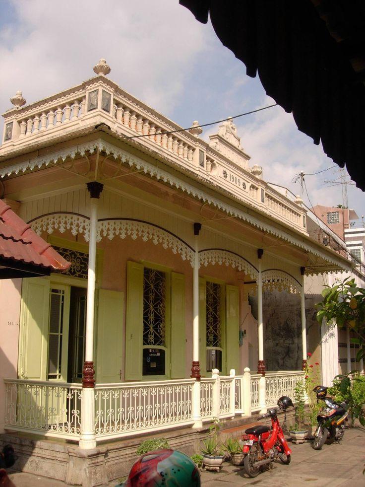 Jalan Bubutan, Surabaya. 1909.