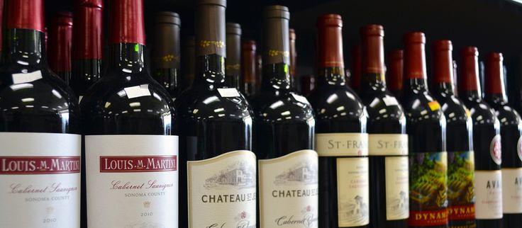 Статья о том, как выбрать вино. Виды вина и знаки качества. Дегустация вин. Инфографика сочетания вина с едой.