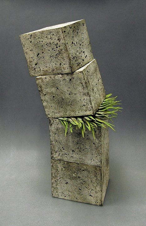 """Alberto BustosCeramics Artists in World Facebook """"Untenable"""" 1st Prize in the 27th Contest of Ceramics MAGRAMA (Spain)"""