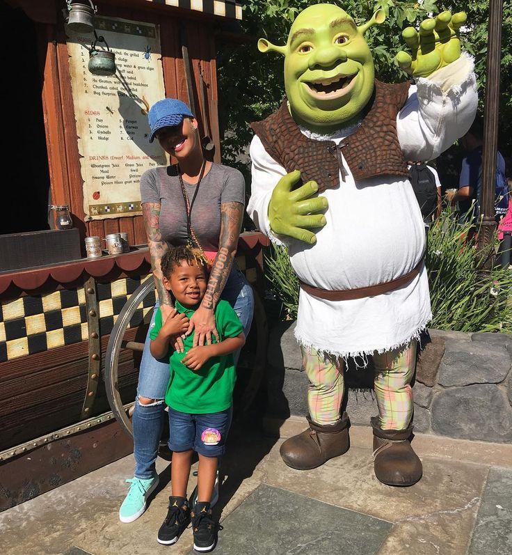 Hi Shrek! ☺️ sebastiantaylorthomaz Instagram fashion