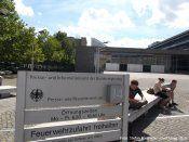 Zgłoszenie naruszenia praw Mniejszości polskiej w Niemczech.  http://kontrowersje.net/mniejszo_polska_w_niemczech_polnisches_kulturzentrum_ev  Wpis Mniejszość polska w Niemczech: Polnisches Kulturzentrum e.V. (Strona książki) został zaktualizowany... naruszającego postanowienia Traktatu o przyjaźni między RP a RFN z 17.6.1991, m.in.: Art. 20.3.  http://sowa2.quicksnake.net/Polnisches-Kulturzentrum-e-V/Zgoszenie-naruszenia-praw-Mniejszoci-polskiej-w-Niemczech