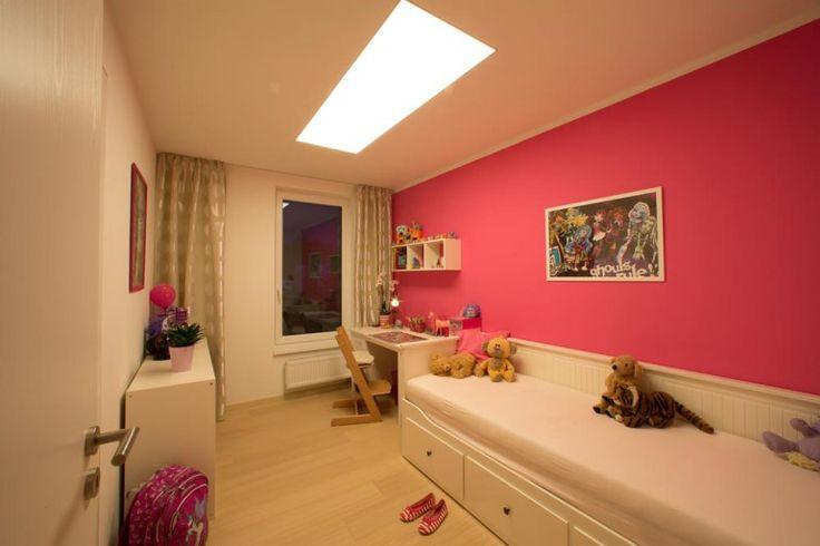 hranaty-svetelny-strop-2000x700-greslik2