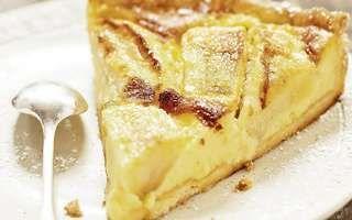 Alsaský jablkový koláč so smotanou