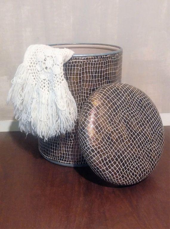 Guarda questo articolo nel mio negozio Etsy https://www.etsy.com/it/listing/269120840/pouf-pouf-rotondo-seduta-contenitore