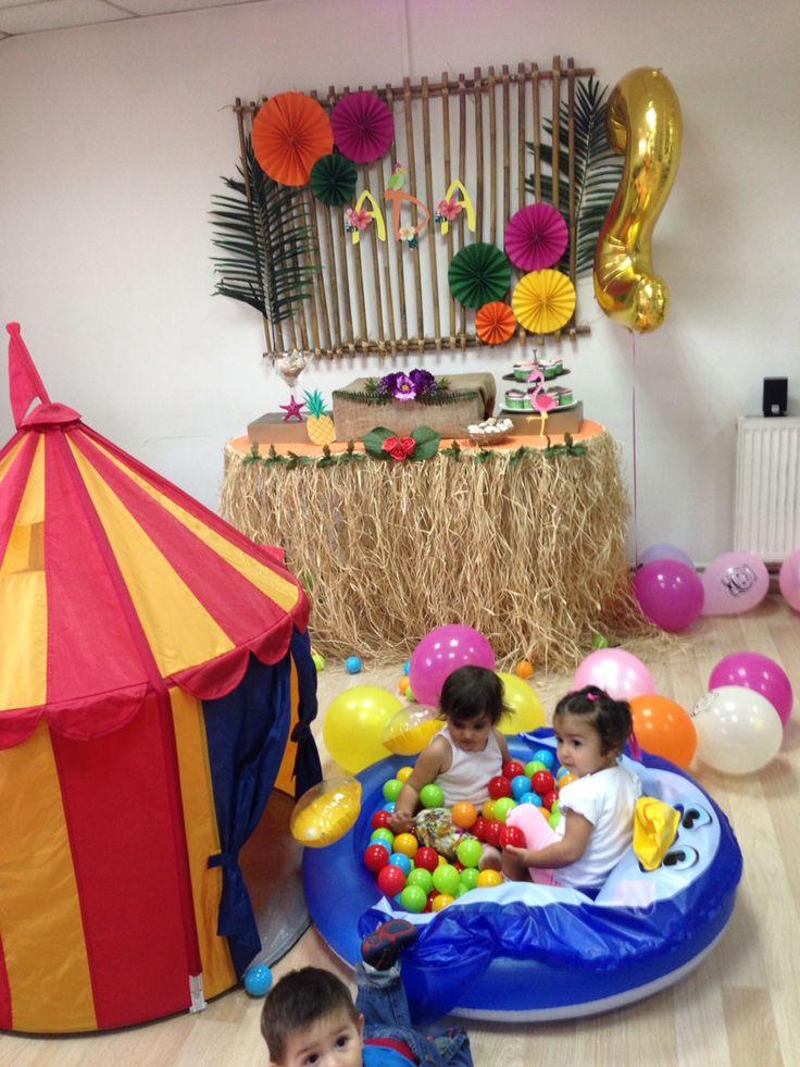 Aloha party,2nd birthday