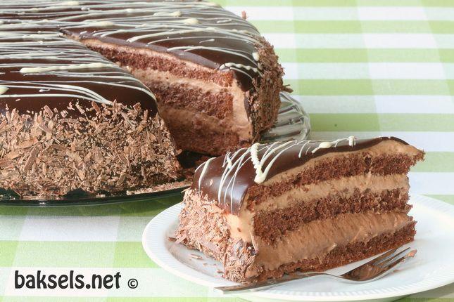 Hemelse chocoladetaart met mousse van melk en pure chocolade - Baksels.net !