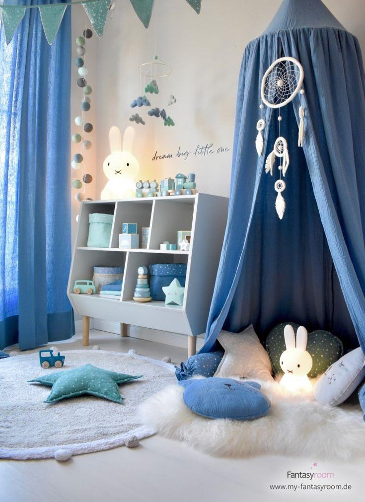 Kuschelecke für Jungen in Rauchblau mit Baldachin und passender Dekoration   – Mein kleiner Traum , wenn aus Liebe Leben wird