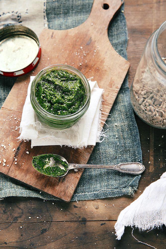 Saveurs Végétales: Côtes de blettes au pesto (de feuilles de blettes !)
