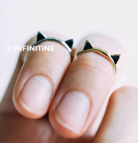 Cute kitty cat knuckle ring