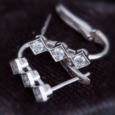 Cercei cu diamante C060