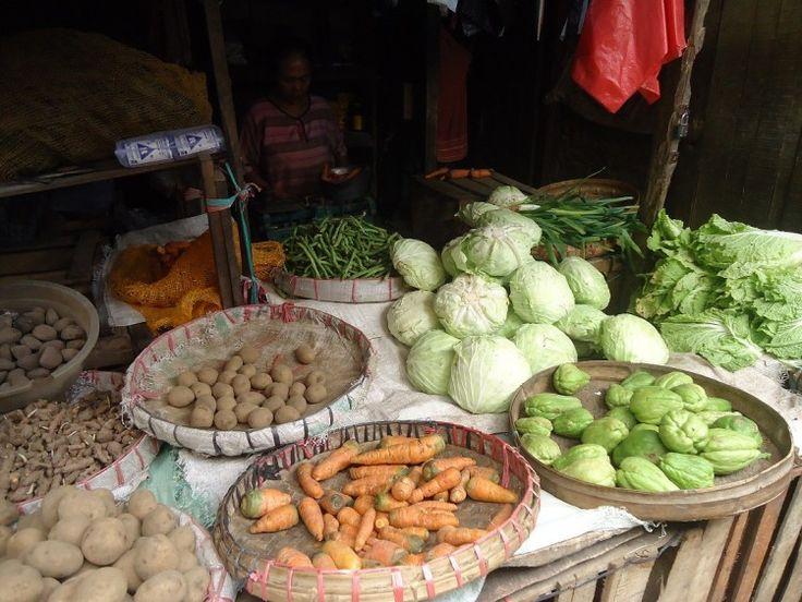 Harga Sayuran di Bojonegoro Berangsur Turun