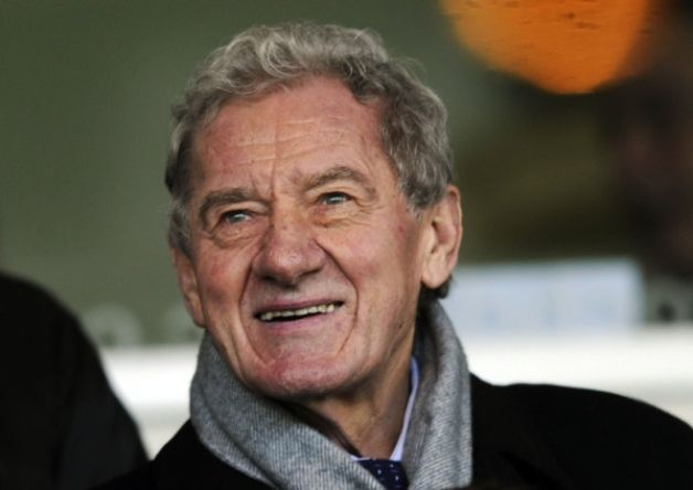 Sheffield Wednesday chairman Milan Mandaric has hinted there may come a time when he has to pull the plug on Hafiz Mammadov's proposed takeover of the club.