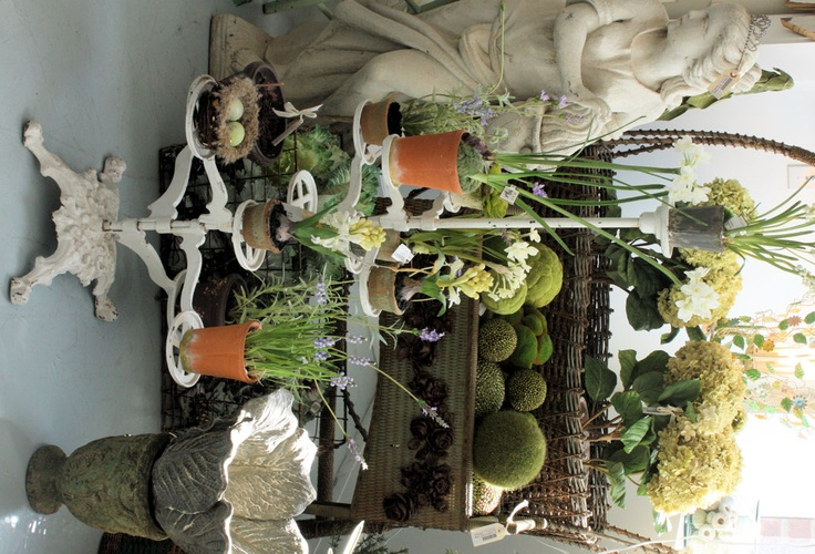 $650.00 Victorian Cast Iron Posey Plant Stand Orig White