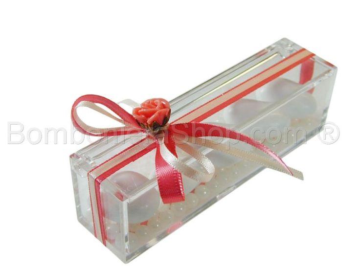 Scatolina plexi portaconfetti confezionata con rosellina rosa e nastri raso