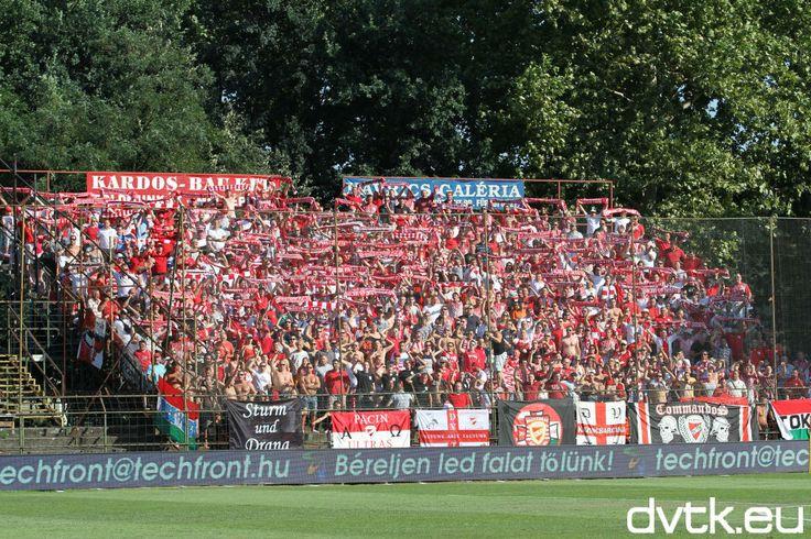 A nyolcszáz Diósgyőr szurkolótól volt hangos az Oláh Gábor utcai stadion   (2013. augusztus 10.)