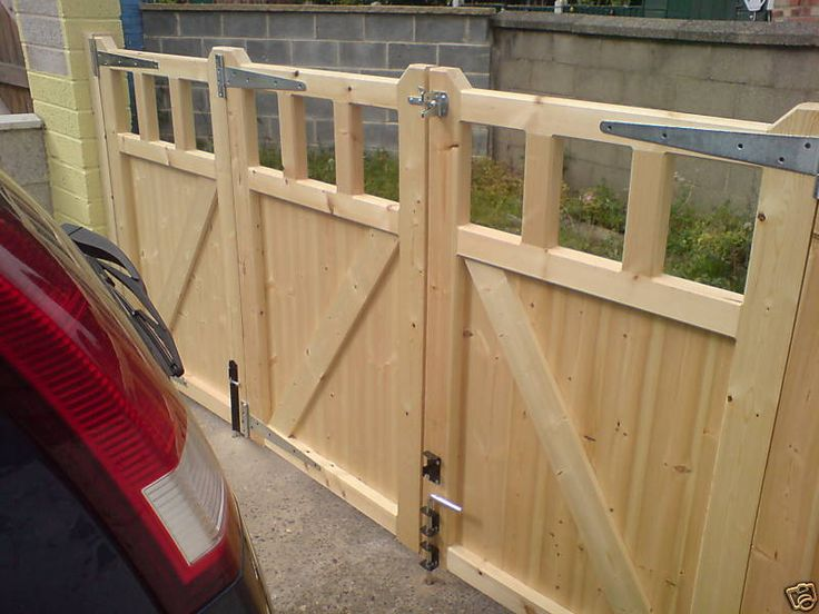Bi Folding Driveway Gates Custom Made To Your Sizes