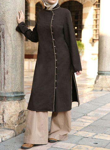 I love this online store for Modest Muslim clothes.... Super cute wide legs.... Yippee no more weeping when I go jeans shopping!!!