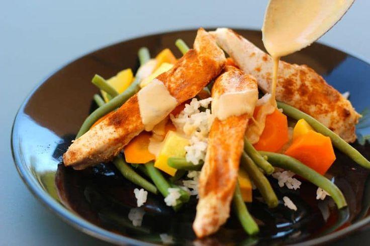 """Une recette inratable de Poulet sauce crémeuse au paprika (plat complet """"tout en un"""" !) Thermomix sur Yummix • Le blog culinaire dédié au Thermomix !"""