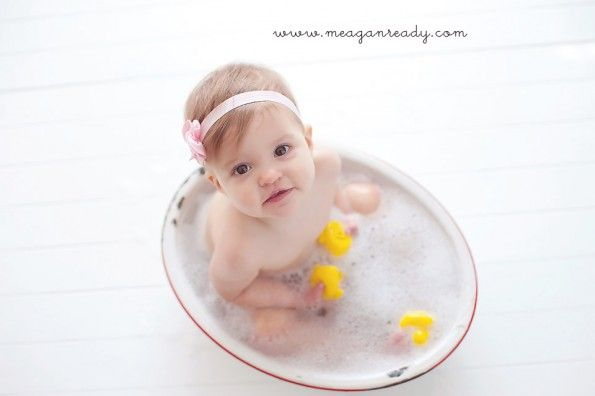 A bubble bath session immediately after a cake smash!  Love this idea from Meagan Ready Photography