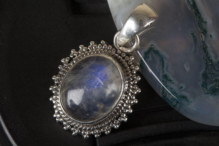 Silver Pendants – Moonstone Pendant, 925 Silver Pendant, Oval Shape – a unique product by Midas-Jewelry on DaWanda