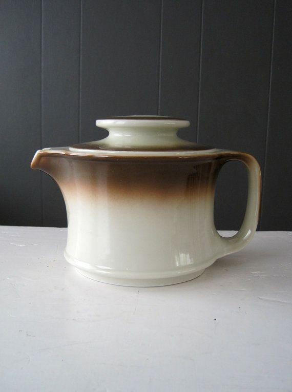 Vintage German Teapot Walküre Porzellan Bayreuth, Kaffeekanne, Retro, 1970s, Coffee pot, Porcelain, Mid Century Modern