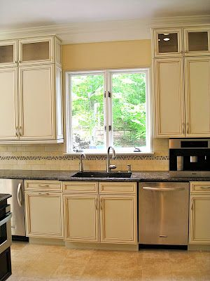 Help w backsplash off white buttercream glazed cabinets kitchens forum gardenweb paint Kitchen cabinets 75 off
