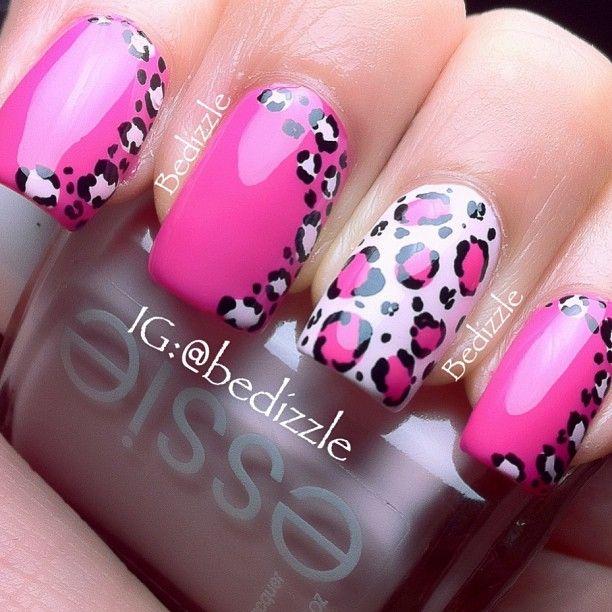 Diseños de Uñas leopardo en rosa