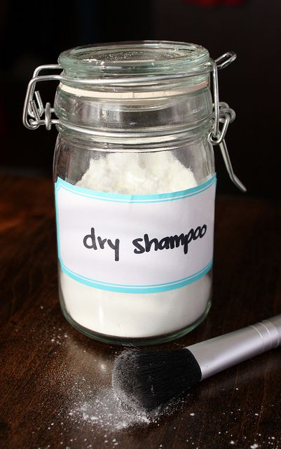 How to make your own Dry Shampoo - 3 simple ingredients. One for light hair and one for dark.