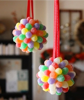 gumdrop ball....i need to make these for my gingerbread tree!