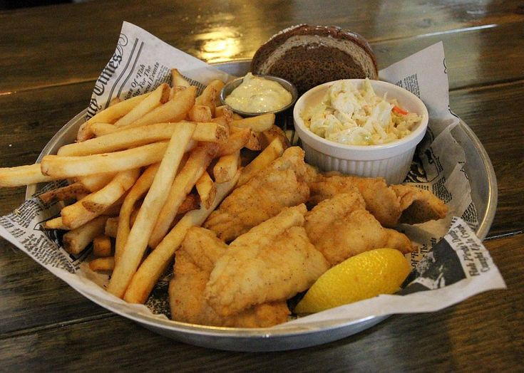 171 best milwaukee fish fry guide images on pinterest for Best fish fry milwaukee