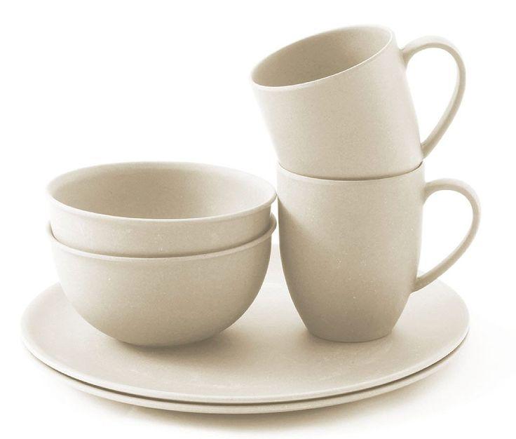 Das Bambus Geschirr-Set ist aus biologisch abbaubaren Bambus hergestellt! Über die exzellente Wahl dieses umweltfreundlichen Materials, kann sich der Outdoor-Freund bei einem Dinner mit einer Auswahl an Tellern, Schüsseln und Tassen freuen. • Zusatzinformation: - Tasse 10 x 8 cm (H x Durchm.); Esteller 26 cm (Durchm.); Schüssel 13 cm (Durchm.) - Bambus, biologisch abbaubar - 2 Tassen, 2 ...
