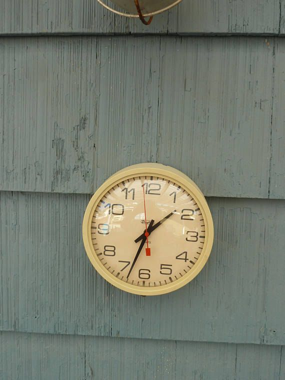 dayton wall clock battery operated glass front vintage on wall clocks battery operated id=74880