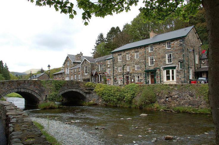 Beddgelert, Snowdonia, Wales | 18 Charming British Villages You Must See Before You Die