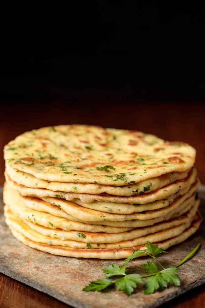 طريقة عمل خبز البازلاما Recipes Flatbread Turkish Flat Bread