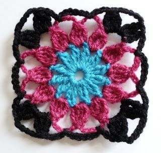 Franciens crocheted Granny's (2)- in Dutch but might be able to figure the instructions