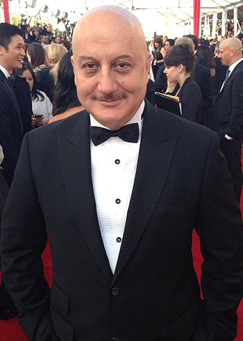 Anupam Kher honored with The Asian Award!