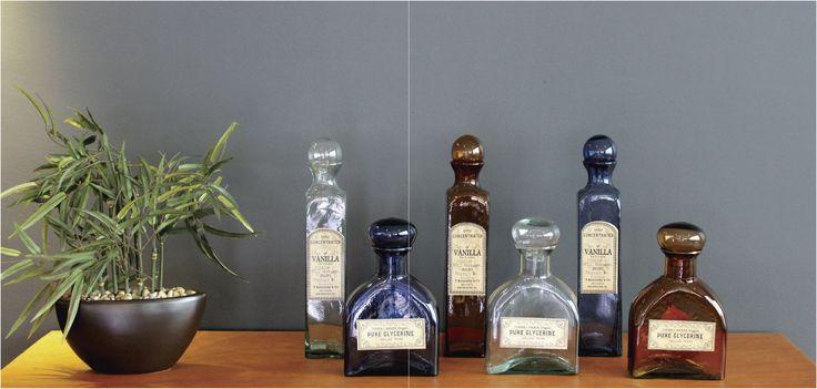 Botellas #Atlantida fabricadas en vidrio  para darle un toque #vintage a los espacios.