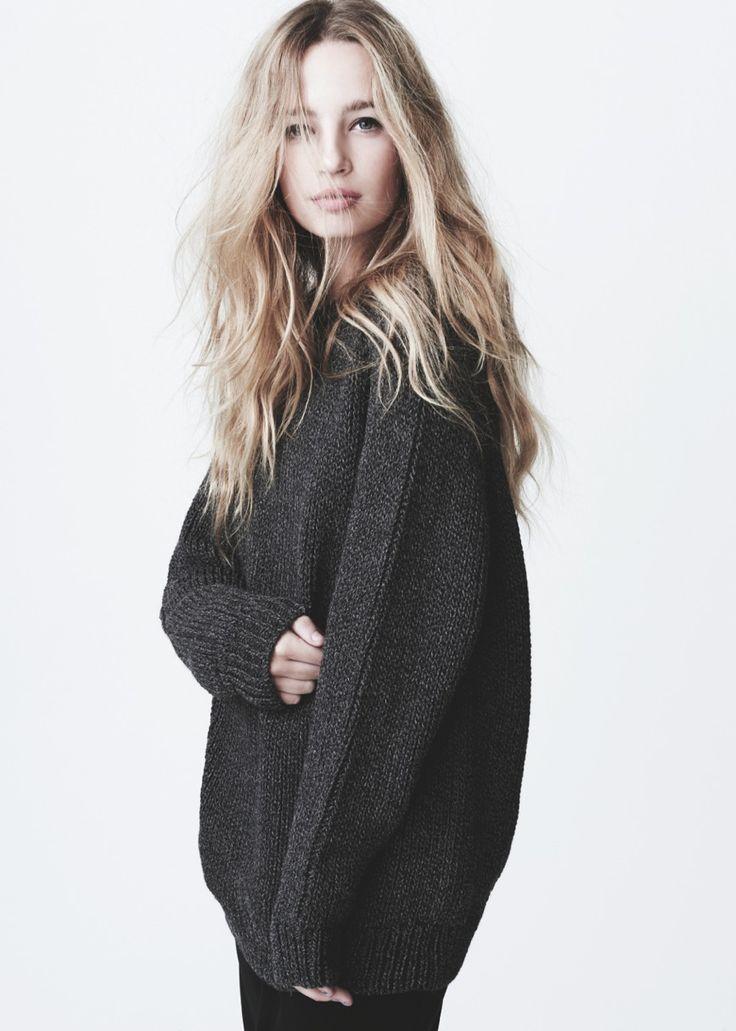 Stevie Sweater.