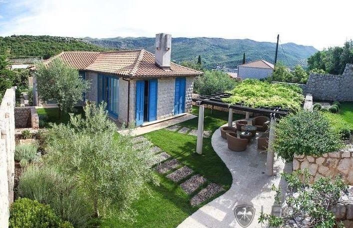 Beautiful #views, #terraced #gardens, spacious interiors #Croatia #dubrovnik