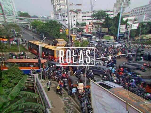 12:12 Jakarta INDONESIA