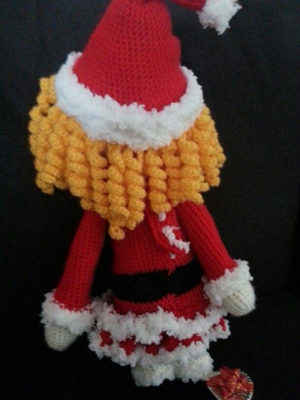 Kerstmeisje gehaakt met katia promofin naald 4.5