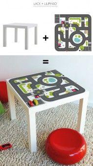 Table à customiser façon plateau ville super héros. A placer devant le mur façon Gotham