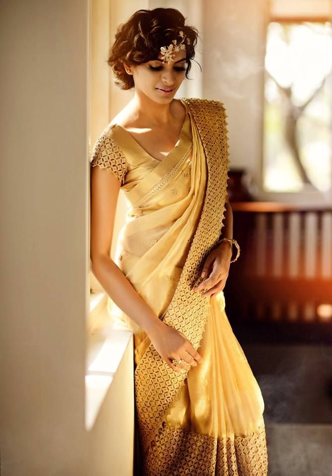 Gorgeous Gold #Saree. www.thevogueoutlet.com