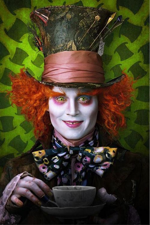 Loved this version of Alice In Wonderland and the makeup effects on Johnny Depp was so awesome!!♥♥♥♥