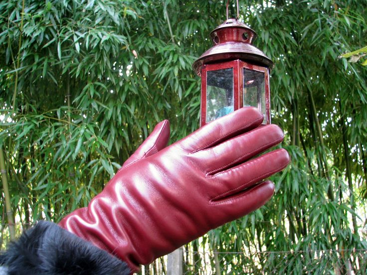 Women's hairsheep leather gloves with rabbit lining. Code: 2-RZ2-2-5 www.alpagloves.hu