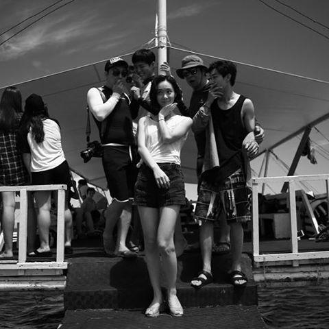 저 귀여움 어쩔. 박보검 16102& 세부 _ 구르미 포상 휴가 [ 출처 : actress_hansooyeon https://www.instagram.com/p/BMMUmVAg0z_/ ]