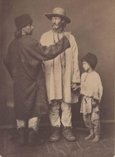 Bessarabia, peasant of Chocim county and Sorok county (with his son) ; photo  Michał Greim, Michał Grejm (ur. 15 września 1828 w Żelechowie, zm. 15 stycznia 1911 w Kamieńcu Podolskim)